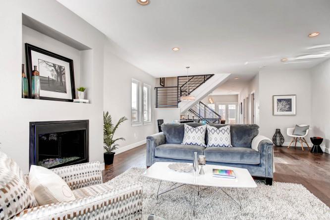 2835 S Sherman St Englewood CO-large-005-Living Room-1500x1000-72dpi